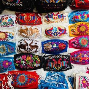 メキシコのお洒落マスク Cubrebocas artesanales