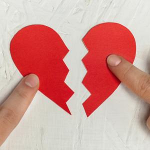 恋愛が失敗しやすい人には特徴がある!別れてしまう原因をリサーチ
