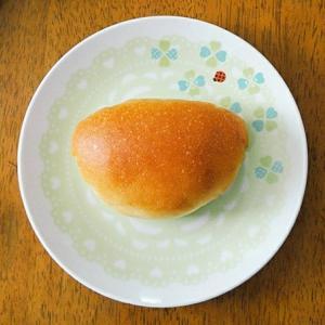 アンシャンテさんのクリームたっぷりクリームパン