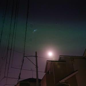 中秋の名月と美しい月光浴。(^^)