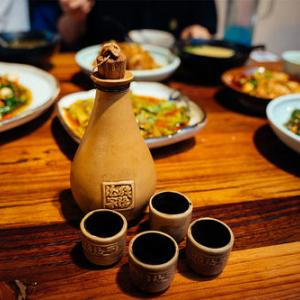 【七星岗の大人の隠れ家】地酒と重慶料理をつつくなら純阳老酒館
