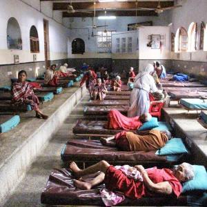 続・マザーテレサの【死を待つ人の家】のボランティアの話