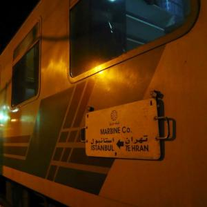【イラン】3泊4日の列車旅。バイバイ、イラン!