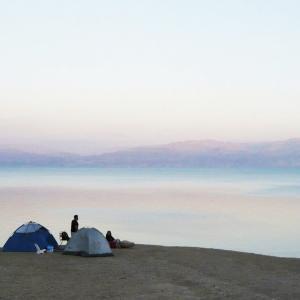 【イスラエル】11カ月振りの再会!死海でキャンプ