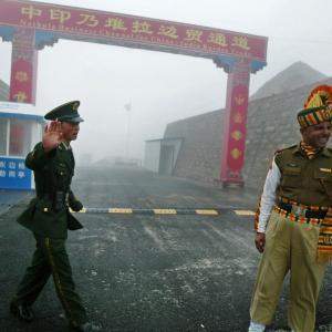 インド軍・中国軍衝突、3人死亡 国境で緊張高まる恐れ