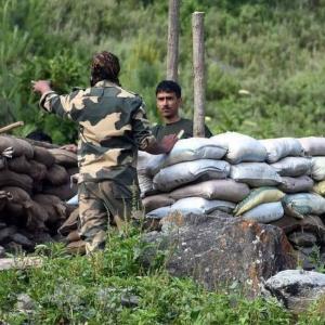 インド中国が一触即発、撤退合意中国反故、紛争の先は「チベット独立」か