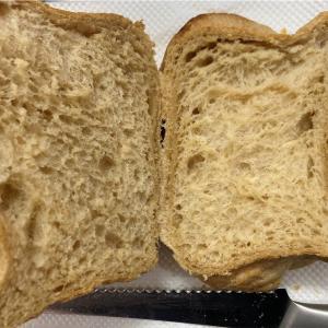 玉砂糖入り食パンが上品な甘さで美味しい