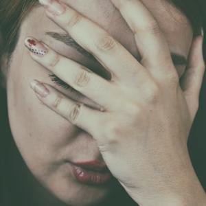 メディカル英語シリーズ①頭が痛いって英語で?頭痛に関係する英語