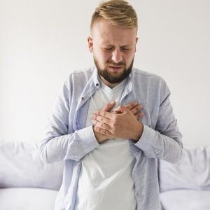 メディカル英語② 胸やけって英語でなんて言う?消化器系の症状を表す英語