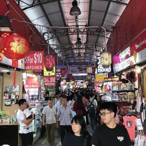 シンガポールのお土産探しなら「ブギスストリート」が良いかも。