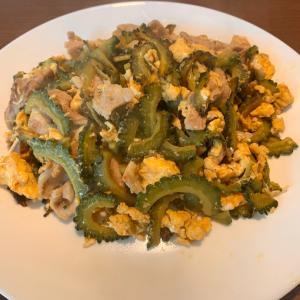 ゴーヤチャンプルと四川料理
