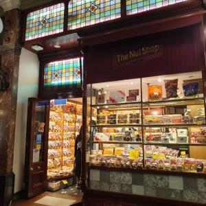 シドニーのレトロなお菓子屋さん The Nut Shop