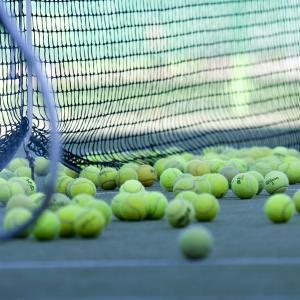 雨の日や1人での練習に最適!埼玉県のオートテニス場を紹介します!