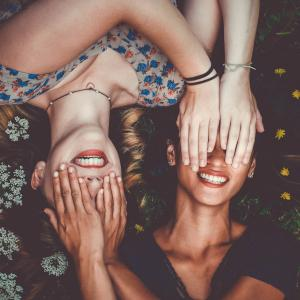 「友達」はいなくても、人生は大丈夫。無理に作る必要ないよ
