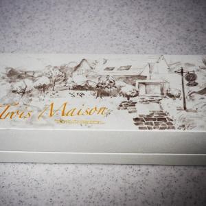 綺麗なイラストのお菓子の箱♡ 何かが違う晩ごはん^^