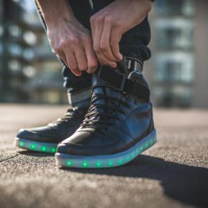 短下肢装具は歩行能力を向上させるのか?メタアナリシス