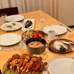 """【おもてなし】メインはSTAUBで炊いた""""蛸飯""""・あとはデパ地下さまさま"""