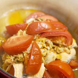 【おうちごはん】トマトと鮭のキムチチーズ鍋