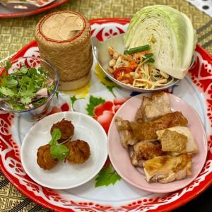 元町で本格イサーン料理(タイ東北部料理)を習う