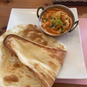 【多摩グルメ】住宅街でインドカレー「アッサムダイニングカフェ」7のつく日はナン食べ放題!