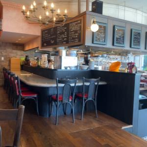 【八王子グルメ】京王八王子すぐのカフェ「バーゼル 」フードも食べられます。(※フードメニュー変更有)