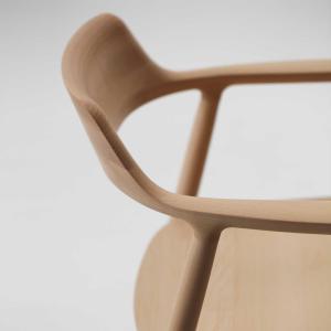 マルニ木工のアウトレットセール開催、アップルも採用する名作椅子