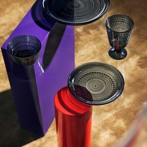 イッタラの2021年カラーは「ダークグレー」、カルティオら人気シリーズから発売