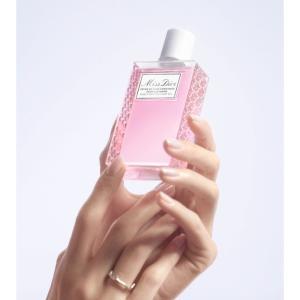 Diorから香りつきハンドジェルが登場!ミス ディオールの香りが手を包み込む