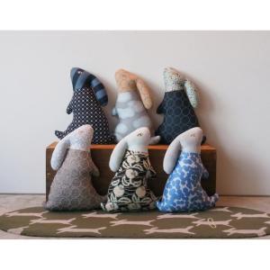 ミナペルホネン「新作ウサギクッション」を発売!春夏コレクションの生地やアーカイブを使用