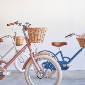 トーキョーバイクの子ども向け自転車「little tokyobike」に新色登場!クリスマスプレゼント向けパッケージを発売