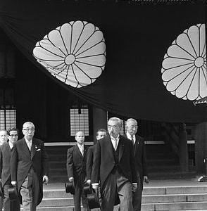 GACKTの無期限活動休止に、昭和帝御崩御の如き衝撃を受ける。