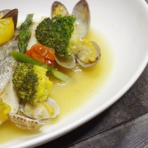 海と陸の旨味を凝縮したシンプルなスープ料理