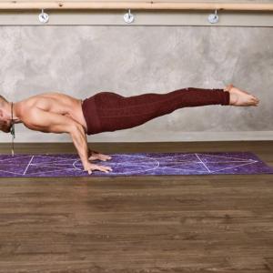 トレーニングマットのおすすめ9選【筋トレ中に床が痛いと感じる人に人気のグッズ】
