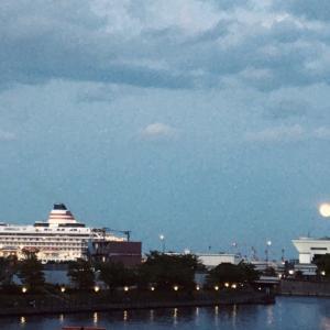 満月の夜くらい