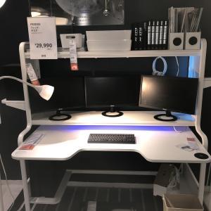 IKEAで見つけたデスクイメージで在宅環境を構築した