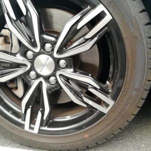 車のタイヤの側面を擦ったんだけどタイヤ交換は必要?タイヤの状態別に対処法を解説!
