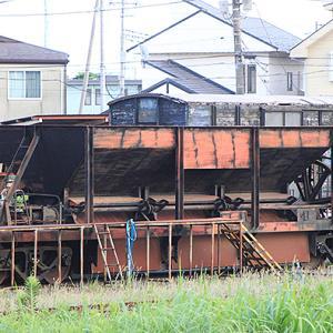 関東鉄道ホキ800形が小湊鐵道に、2つのディーゼルで搬送