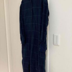 無印のフランネルシャツワンピをパジャマに格上げ。