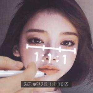 『韓国整形情報』美容外科医者たちが選んだ一番人気な二重スターは?!