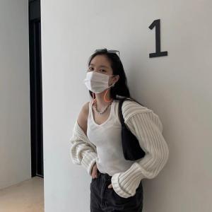 【韓国ファッション/韓国流行】秋のファッション活用度大♥カーディガンを着た韓国スター達!