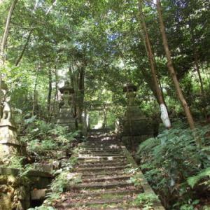訪れるものなくば神も野へ帰る~大岩神社【京都】