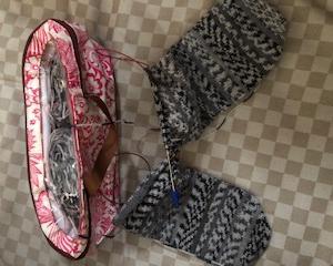 とりあえず靴下編み。