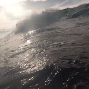 2020.10.18 予想外の波でカヤックサーフィン 横須賀三浦