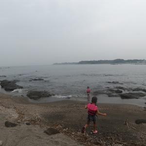 初秋、曇りのち雨での海あそびは…