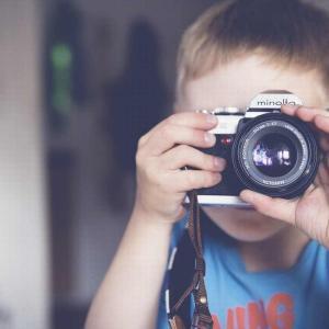 手ブレ補正って何?この機能が最強のAPS-Cミラーレス一眼カメラは?
