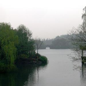 杭州逍遥 「西湖」:太古の昔から多くの詩人・文人から愛された情緒溢れる湖