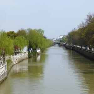 蘇州:江南の文化の粋を集めた蘇州古典園林が絶品。新旧入り混じった雰囲気を感じられる街だ。