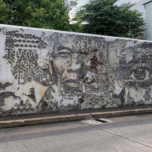 【タラートノイ地区】ノスタルジックなウォールアートの通りをプチ散歩