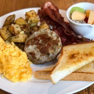 アメリカンで美味しい朝食のお店【Breakfast Story】@プロンポン