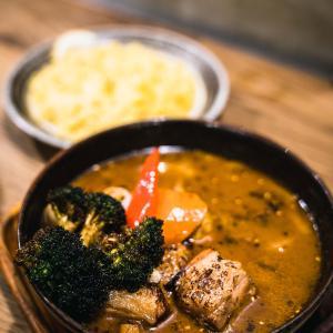 札幌のスープカレー GARAKU(ガラク)